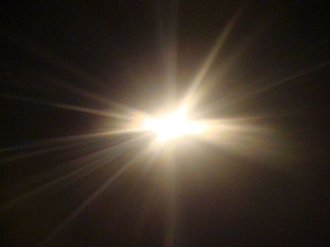 Light_shining1